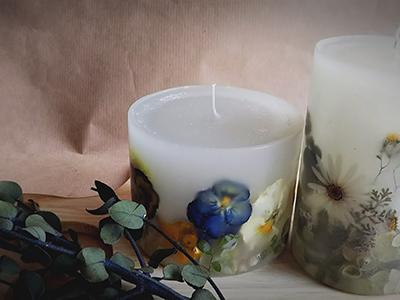 Saka  candle